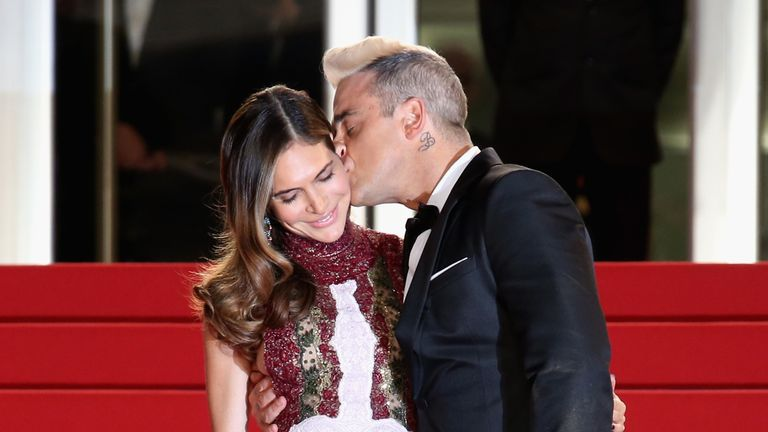 Williams married American star Ayda Field in 2010