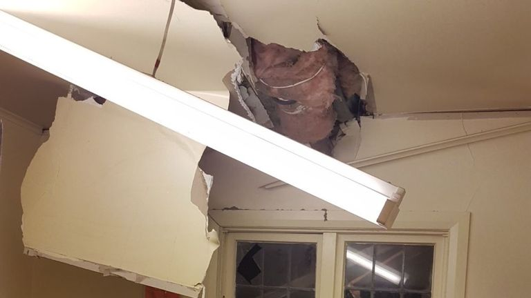Richard Bicknell tweeted this of his kitchen ceiling in Wellington