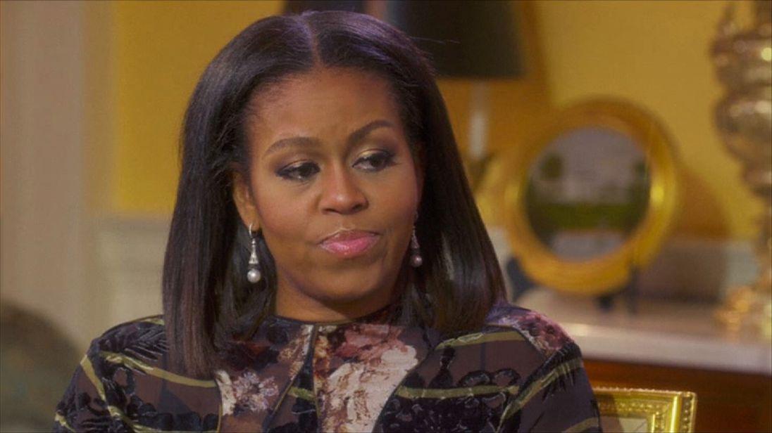 Michelle Obama talks to Oprah Winfrey