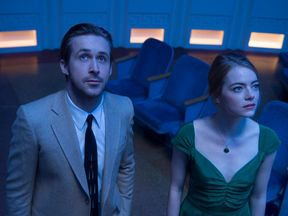 La La Land follows a jazz pianist falling for an aspiring actress in Los Angeles.