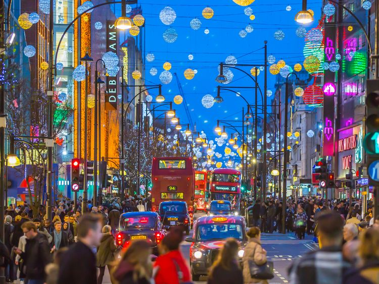 Christmas shoppers pack London's Oxford Street