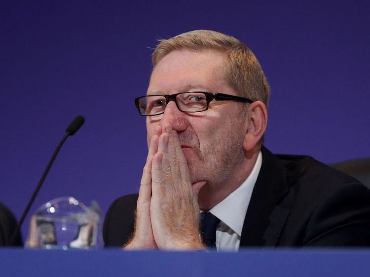 'Red Len' McCluskey is taking a big gamble by bringing forward his re-election bid