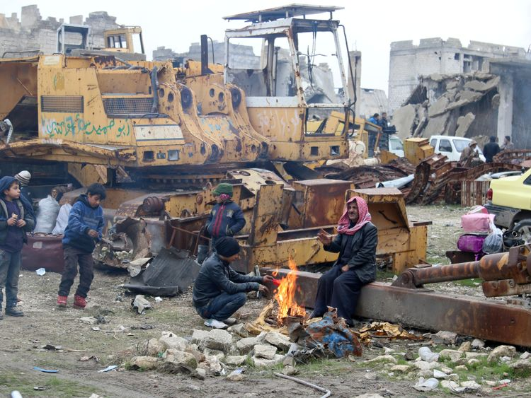The evacuation in Aleppo was stalled amid claims of violations