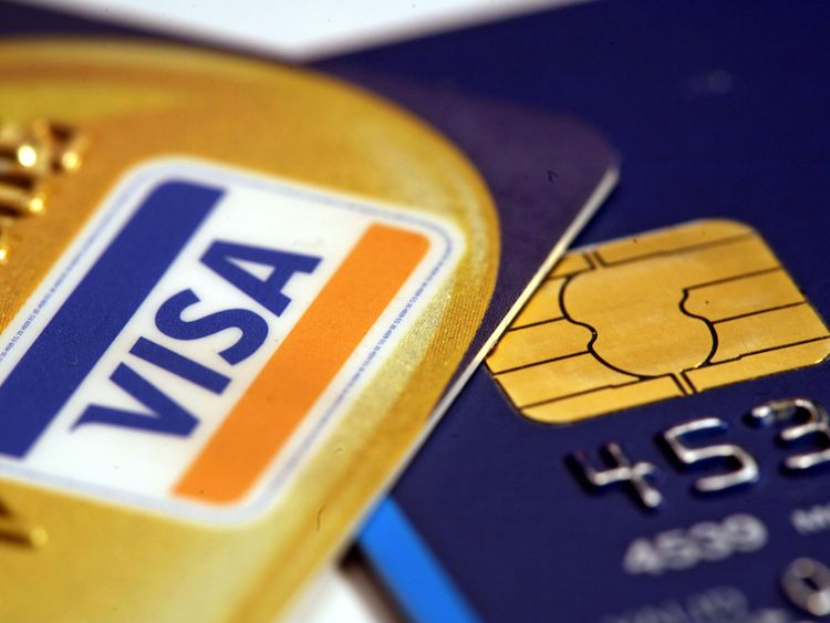 Visa network crash hits customers and retailers
