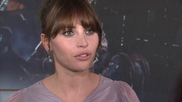 Felicity Jones speaks at premiere of Rogue One