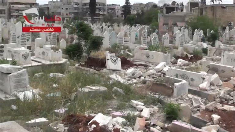 Qadi Askar cemetery in Aleppo has been damaged