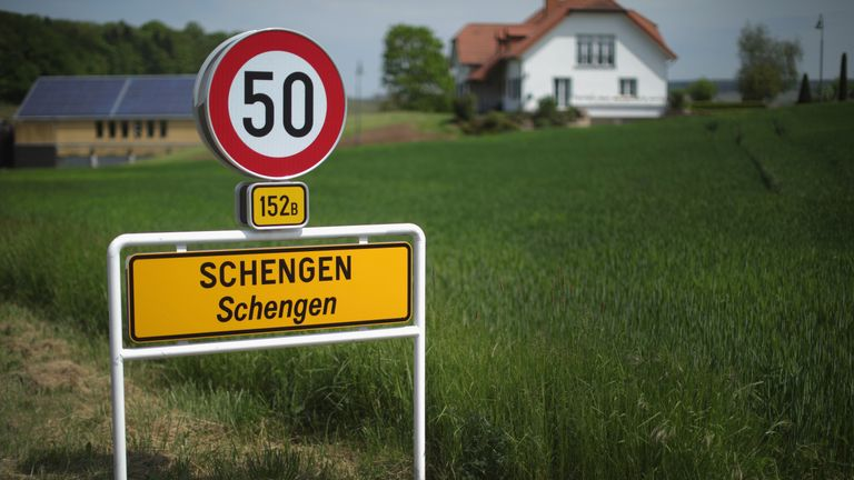 Richard Walton says IS jihadists are exploiting the Schengen zone