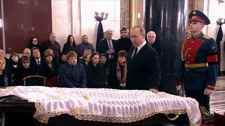 Vladimir Putin beside the coffin of ambassador Andrei Karlov