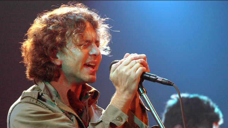 Pearl Jam lead singer Eddie Vedder peforming in 2000