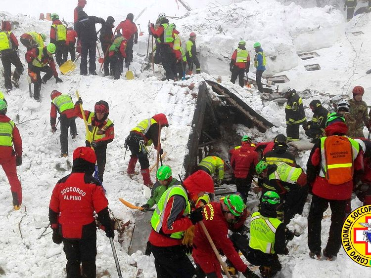 Rescuers say their hopes of survivors are fading