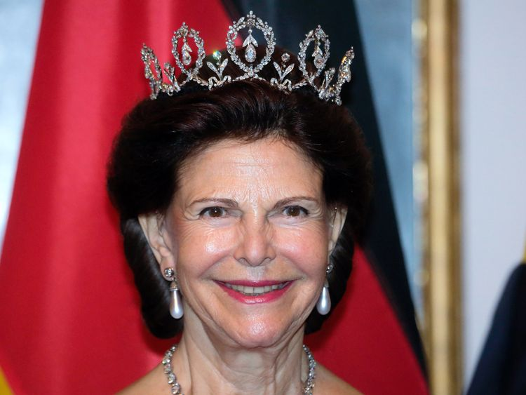 Queen Silvia says she is not afraid of the palace phantoms