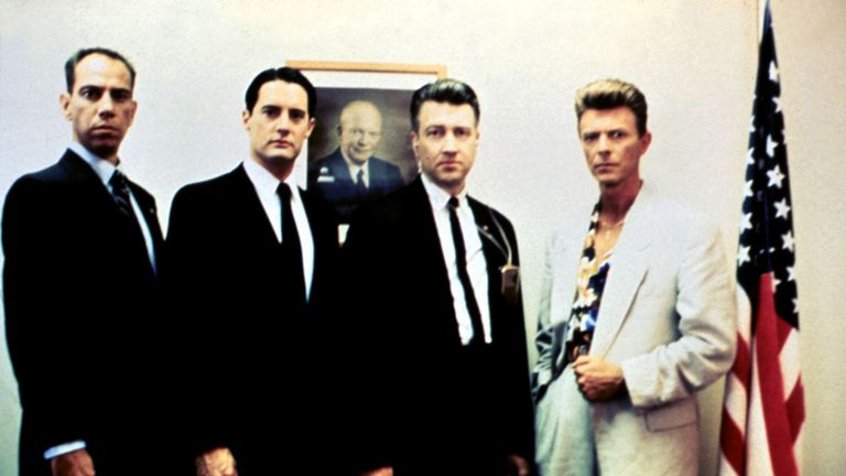 Miguel Ferrer with Twin Peaks star Kyle Maclachlan, director David Lynch and David Bowie