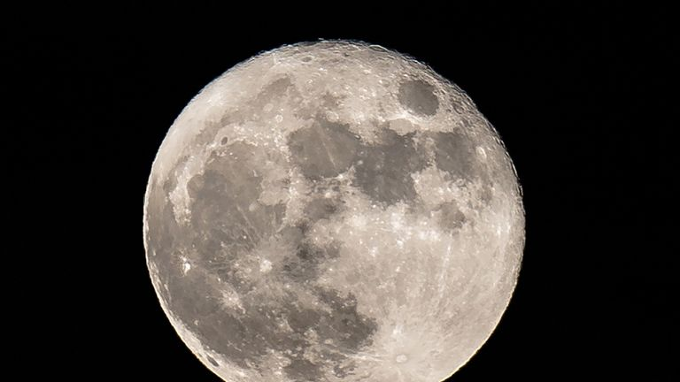 The Moon may have been made from about 20 moonlets