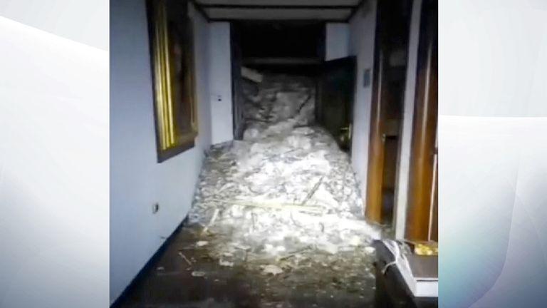 Hotel Rigopiano interior