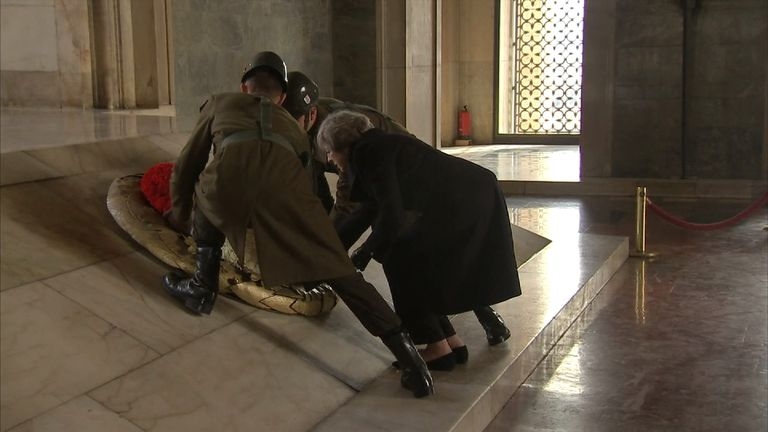 The Prime Minister lays a wreath at the Anitkabir mausoleum