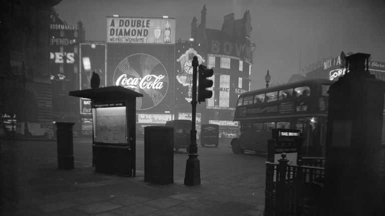 File photo dated 14/01/1959 of Piccadilly Circus