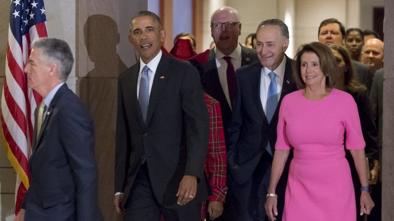 Barack Obama and Nancy Pelosi (R) met to discuss how to save his healthcare reforms
