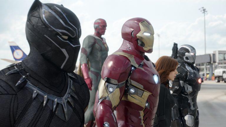 Marvel's Captain America: Civil War..L to R: Black Panther/T'Challa (Chadwick Boseman), Vision (Paul Bettany), Iron Man/Tony Stark (Robert Downey Jr.), Black Widow/Natasha Romanoff (Scarlett Johansson), and War Machine/James Rhodey (Don Cheadle)