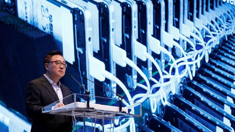 Koh Dong-jin, president of Samsung Electronics' Mobile Communications Business, speaks during a news conference at its headquarters in Seoul, South Korea, January 23, 2017