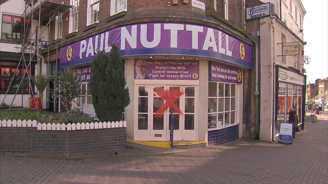Ex-UKIP Farage hits out at UKIP leader Paul Nuttall's by-election campaign