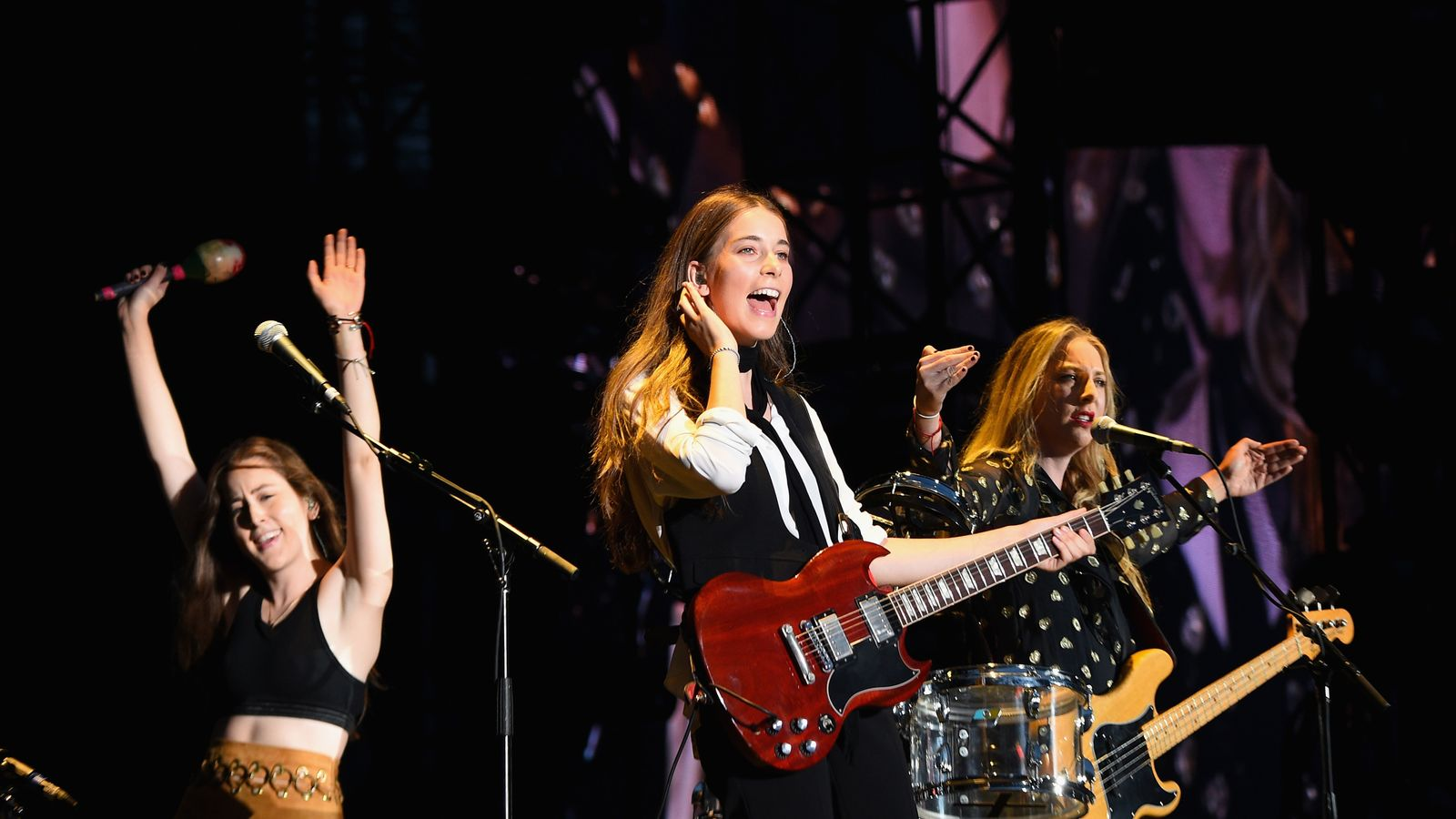 Haim fired agent over 'insane' pay gap at festival