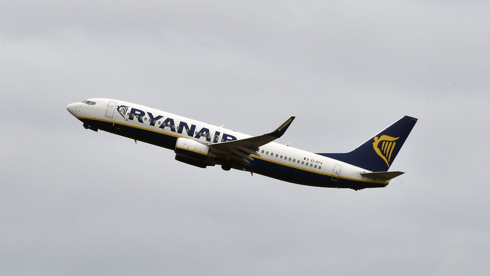 Ryanair cancels flights as pilots strike