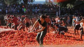 Hundreds took part in the Tomato War in Quillon