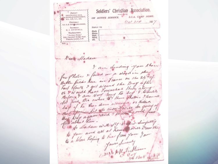 A letter from the Soldiers' Christian Association to Alice Snelling after the discovery of photos carried by her husband during the war