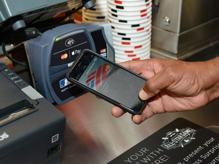 Card Paying Overtakes Cash for the First Time