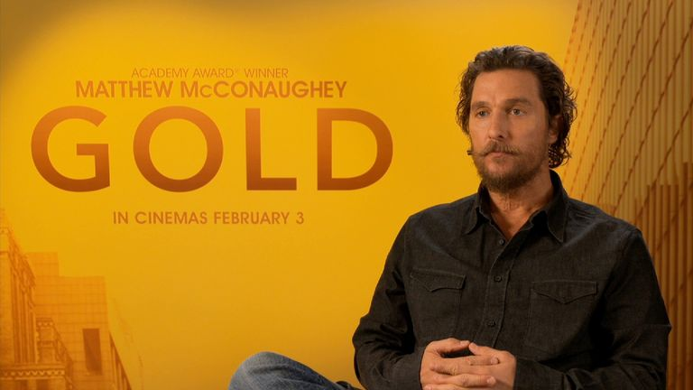 Matthew McConaughey plays down on his luck prospector Kenny Wells in Gold