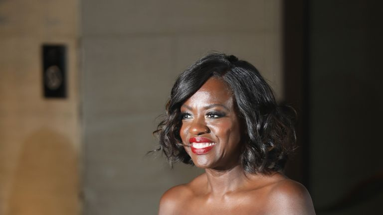 Fences actress Viola Davis picked up an award for best supporting actress