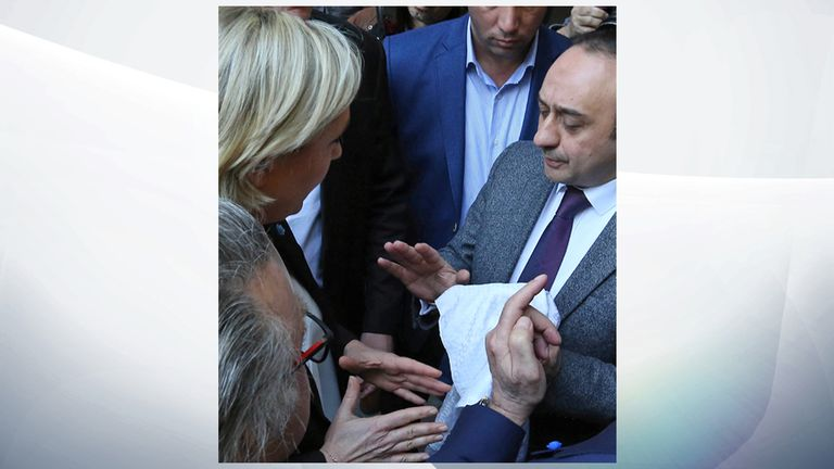 Marine Le Pen refuses a headscarf for her meeting Lebanon's Grand Mufti in Beirut, Lebanon