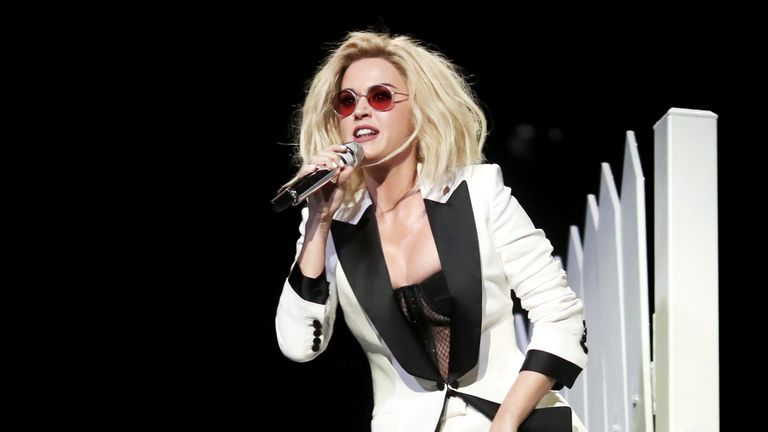 Katy Perry in a Tom Ford look with new blond waves
