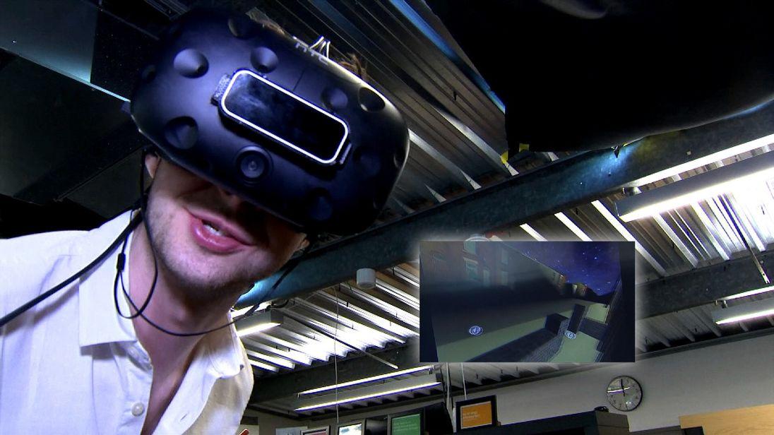Alex Morgan virtual reality in Swipe