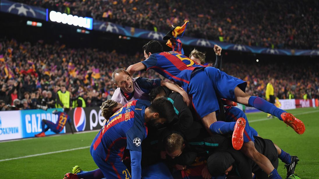 The Barca players rejoice