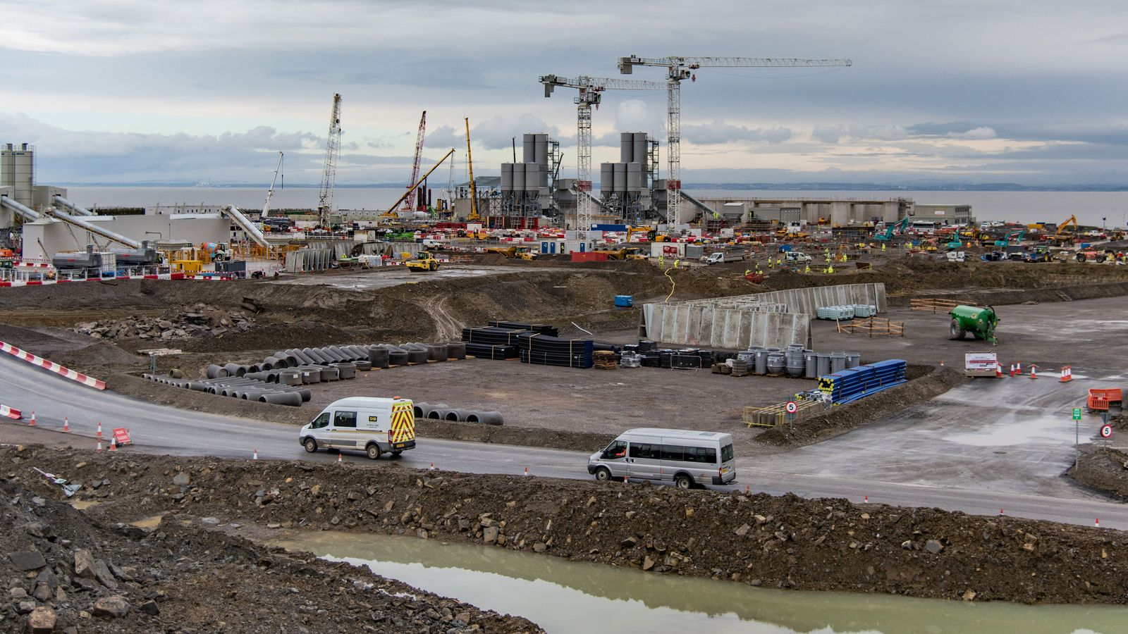 hinkley dating site A new time lapse video shows the progress on europe's biggest building site, with more than 3,000 workers coming and going every day hinkley point c is britain's.