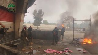 Syrian rebels clash with government forces in Damascus