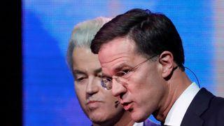 Geert Wilders (L) and Mark Rutte