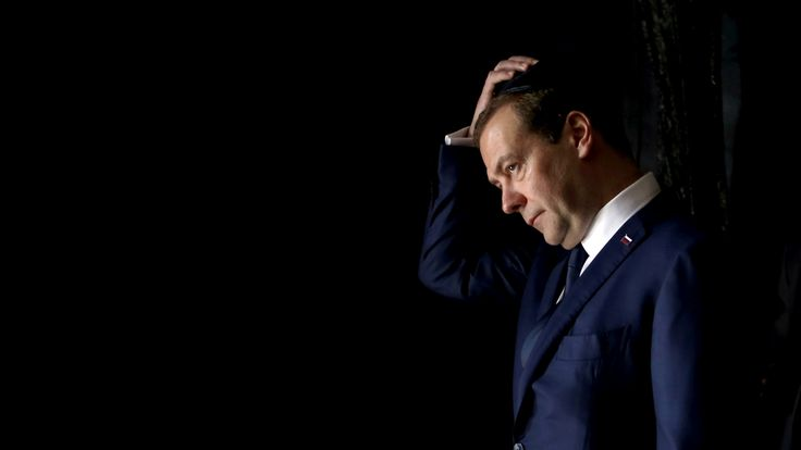 Some experts believe the allegations against Dmitry Medvedev will fizzle out