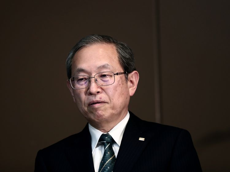 Toshiba president, Satoshi Tsunakawa, has apologised for its financial crisis