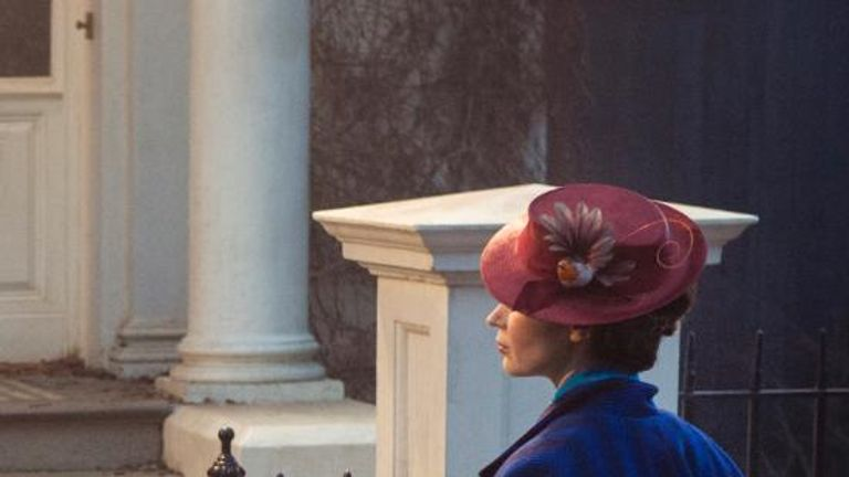 First look at Emily Blunt as Mary Poppins