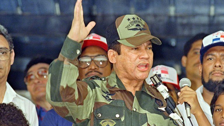 General Manuel Antonio Noriega speaking in 1988 in Panama City