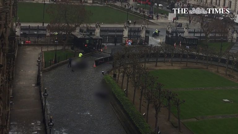 Video footage shows the gates into New Palace Yard at Westminster left open after the attack