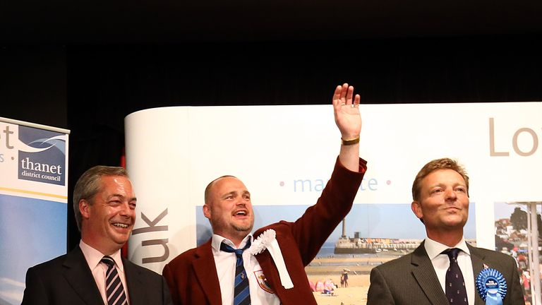 Mr MacKinlay and Mr Farage as the result is announced in South Thanet in the 2015 general election