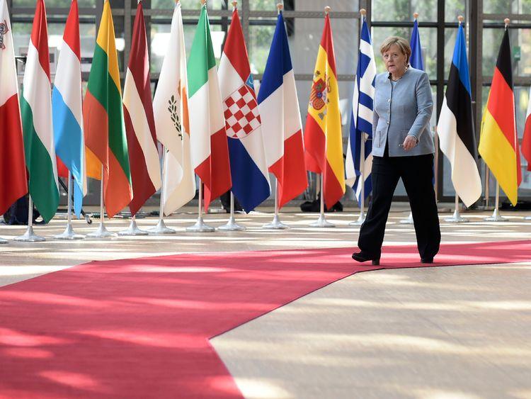 Angela Merkel arrives at the EU summit to discuss Brexit