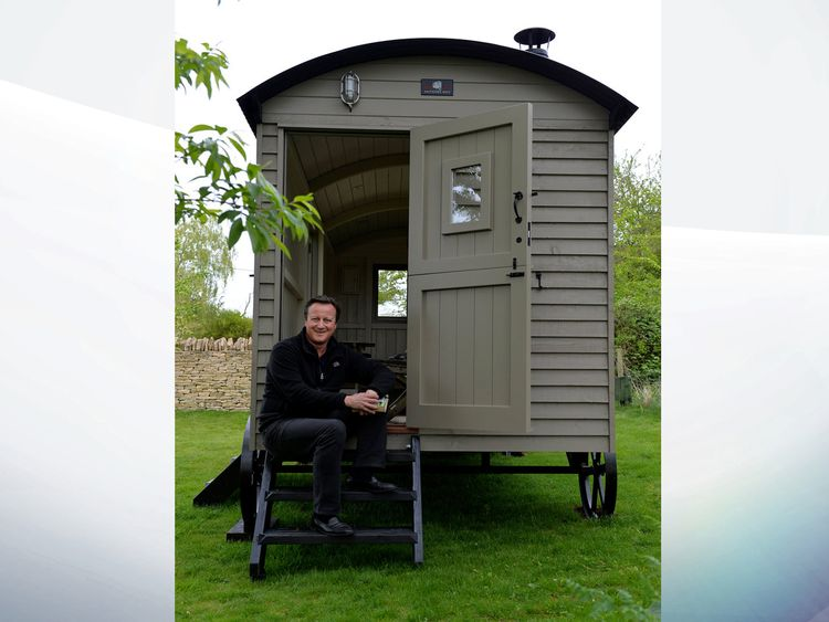David Cameron is to use the new hut to write a book