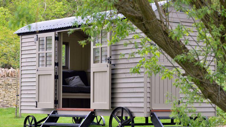 The hut cost £25,000
