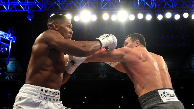 Anthony Joshua beats Wladimir Klitschko