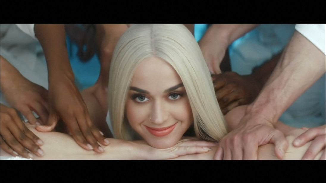 Katy Perry video Bon Appetit