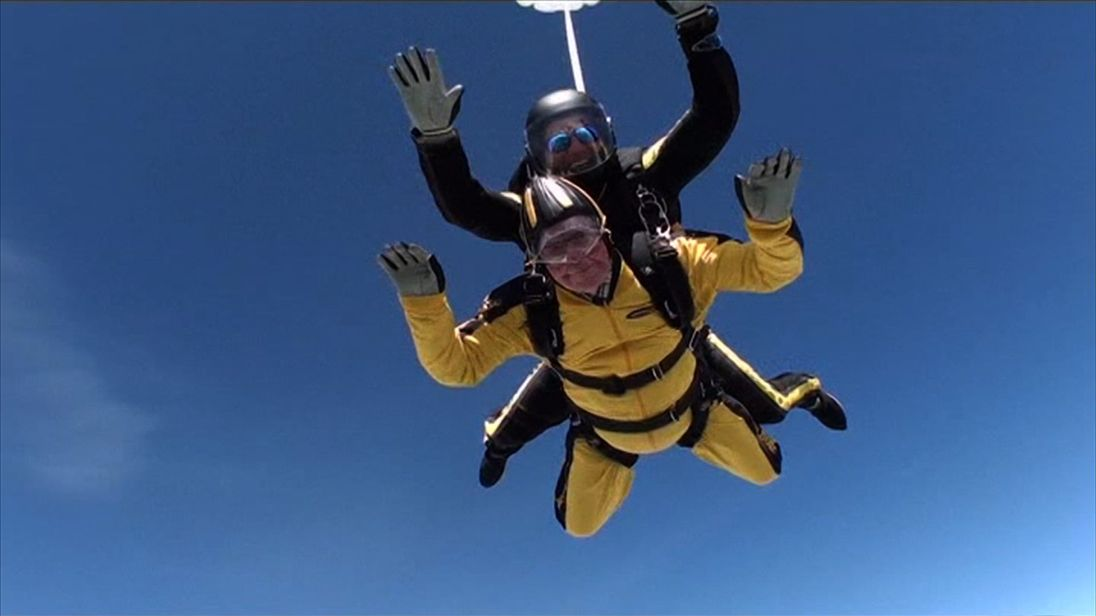 Verdun Hayes skydives aged 101